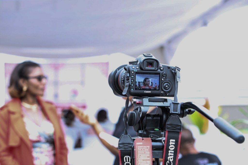 interview, vlogging equipment