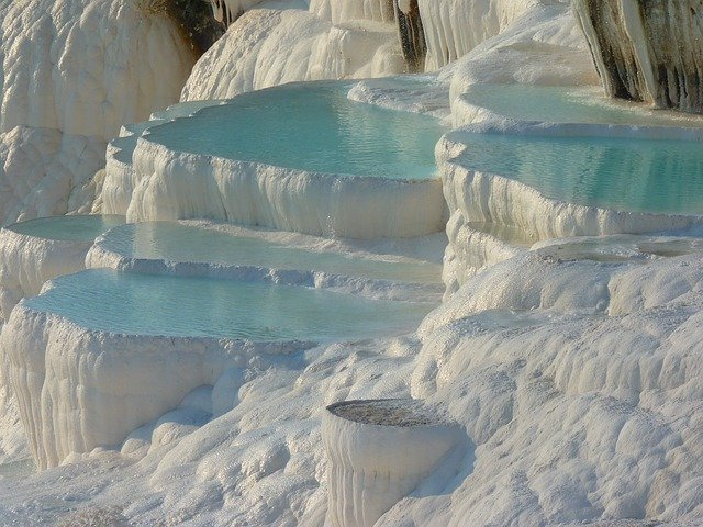 pamukkale turkey blue and white mineral pools